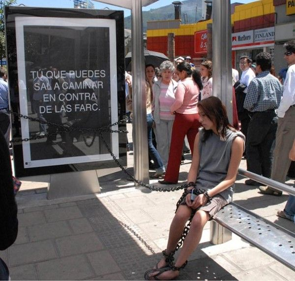 Bus-Stop-Ads-211