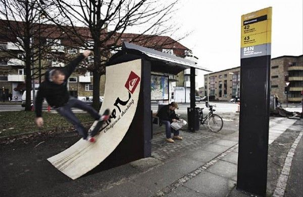 Bus-Stop-Ads-321