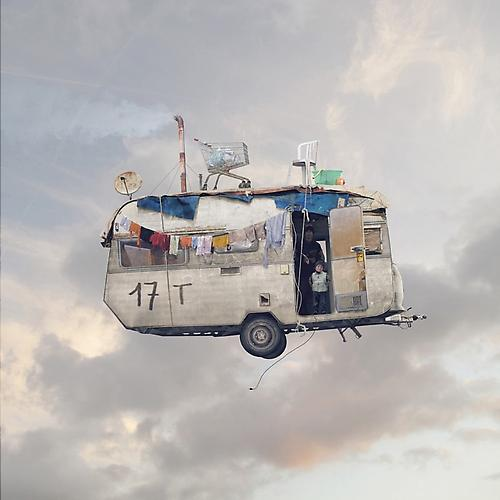 FLYING_HOUSES_11_L_CHEHERE_CARAVANE2 (1)