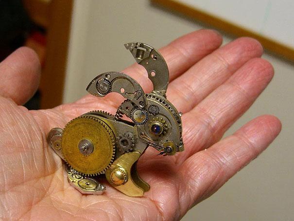 steampunk-watch-part-sculptures-sue-beatrice-4