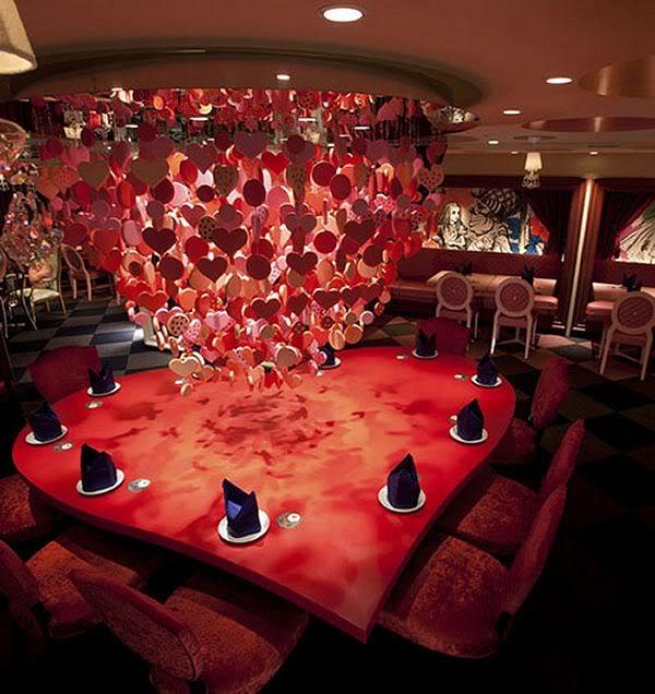 alice-in-wonderland-restaurant-tokyo3
