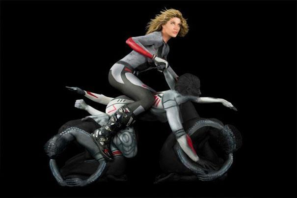 human-motorcycles-bodypaint-trina-merry-2