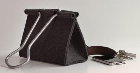 Clip-Bag-Peter-Bristol-4b-600x262_zpscc83a9f6