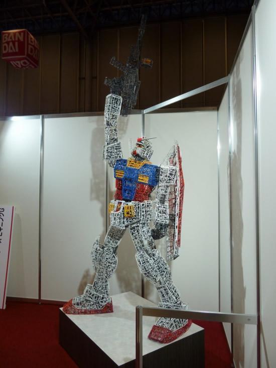 plastic-Gundam-replica10