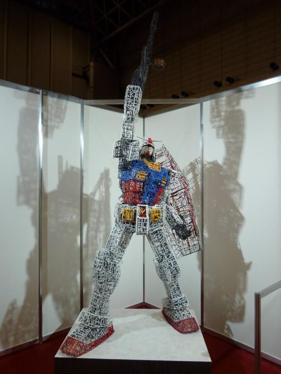 plastic-Gundam-replica11