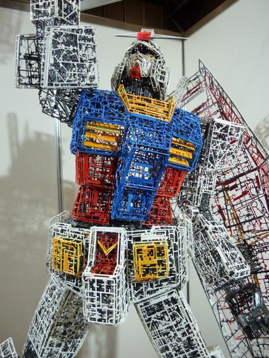plastic-Gundam-replica15