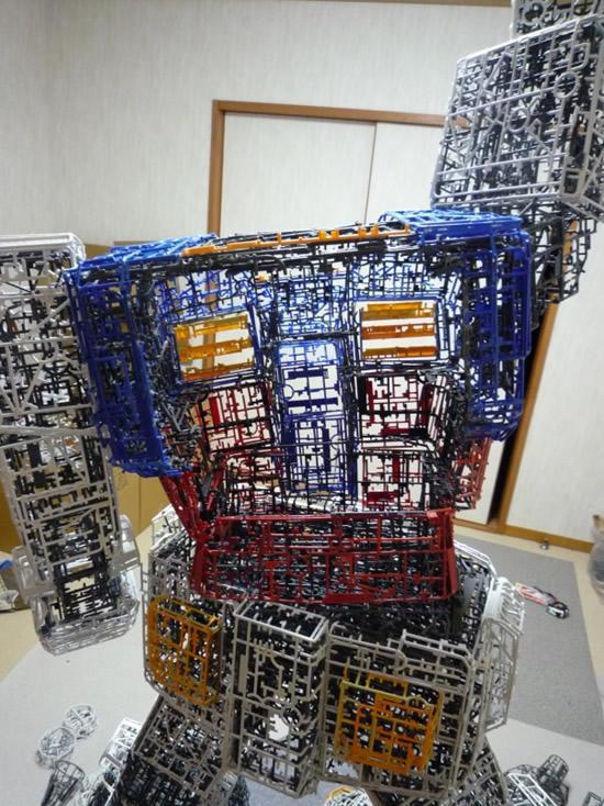 plastic-Gundam-replica2