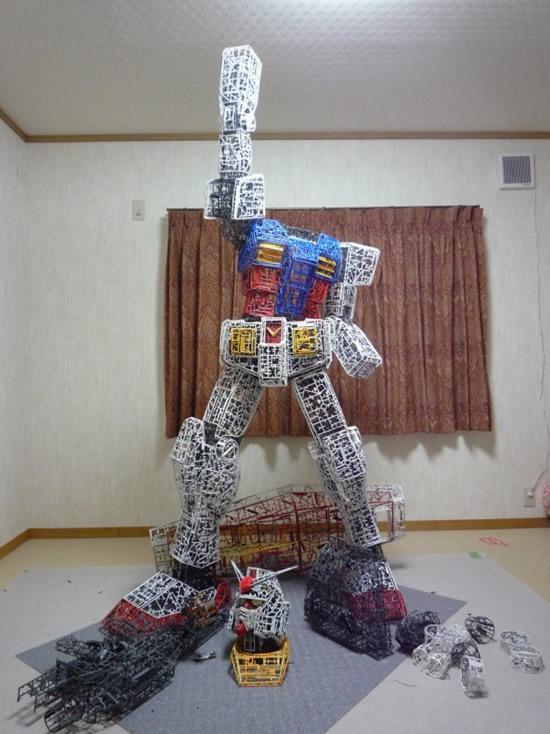 plastic-Gundam-replica3