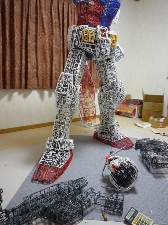 plastic-Gundam-replica5