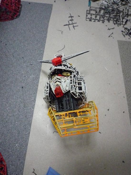 plastic-Gundam-replica7