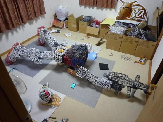 plastic-Gundam-replica9