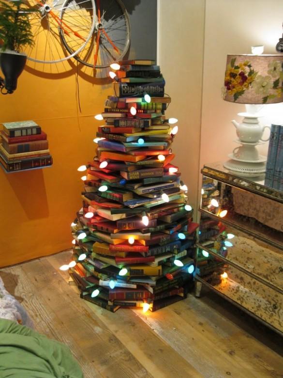 Alternative-Christmas-tree-ideas-tree-from-books-585x780