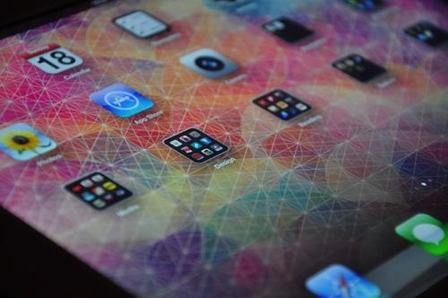 CUBEN Space - Io - iPad Preview
